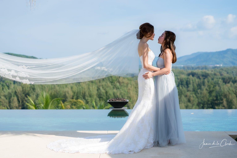 Bride Kiss Bride's Maid