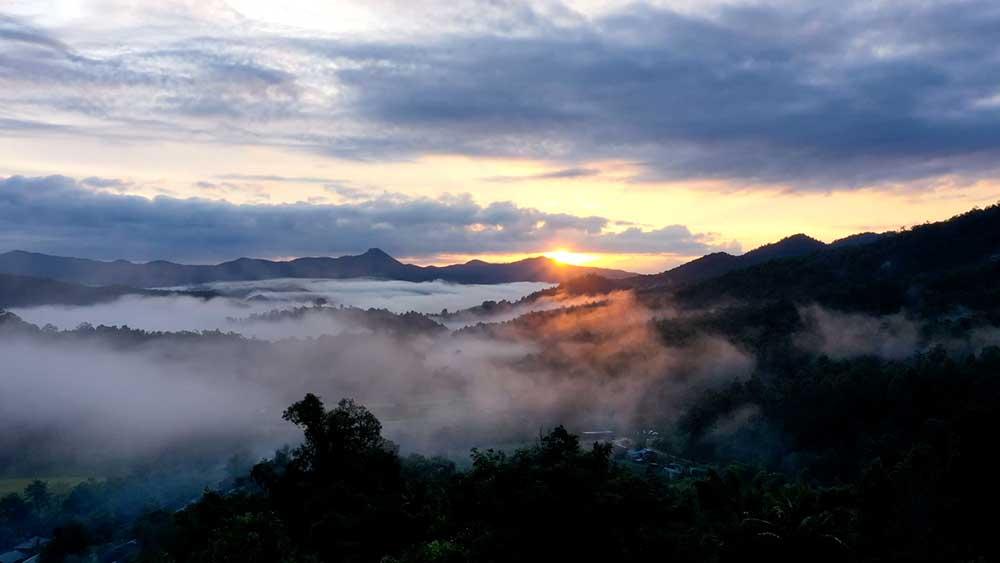 Mae Sapok Sunrise